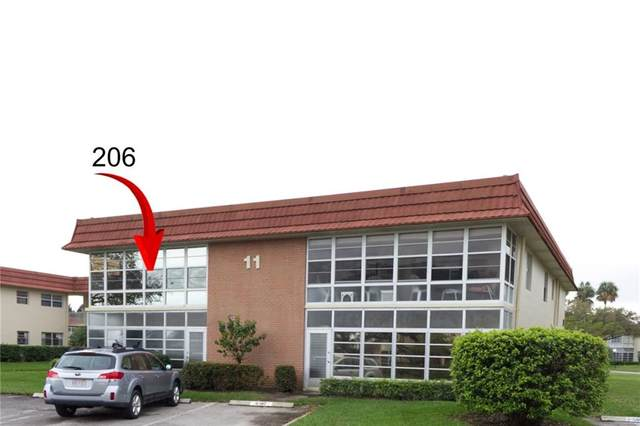 11 Vista Palm Lane #206, Vero Beach, FL 32962 (MLS #241178) :: Billero & Billero Properties