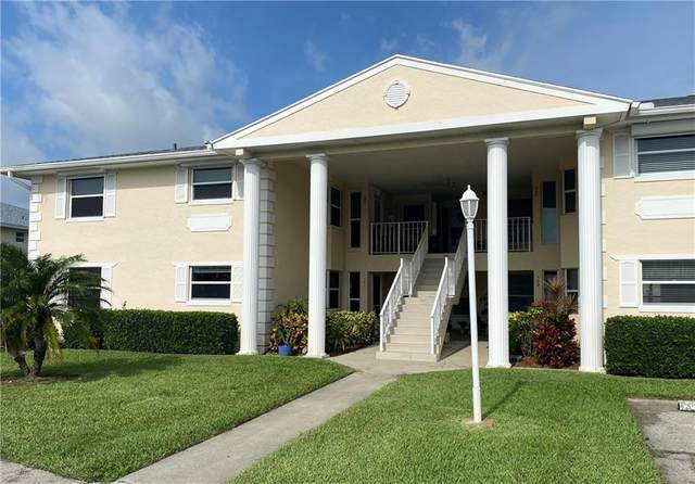 655 W Lake Jasmine Circle #103, Vero Beach, FL 32962 (MLS #241362) :: Billero & Billero Properties