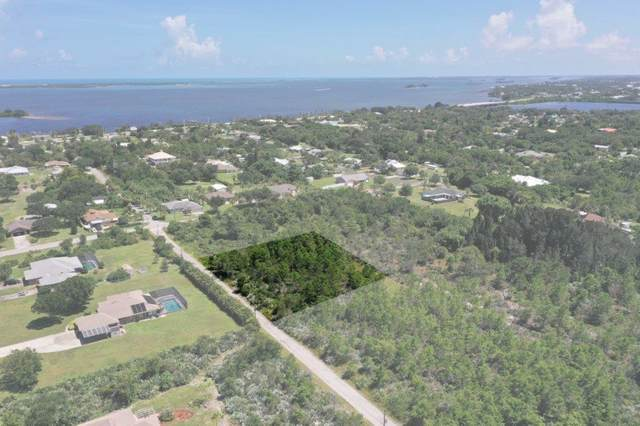 3888 Backwoods Avenue, Micco, FL 32976 (MLS #241665) :: Billero & Billero Properties