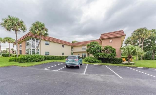 35 Vista Gardens Trail #203, Vero Beach, FL 32962 (MLS #241737) :: Dale Sorensen Real Estate