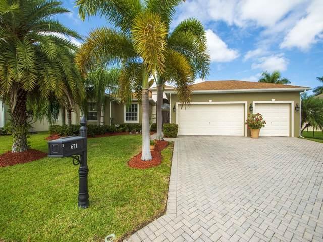 671 Tangelo Circle, Vero Beach, FL 32968 (MLS #241794) :: Team Provancher | Dale Sorensen Real Estate