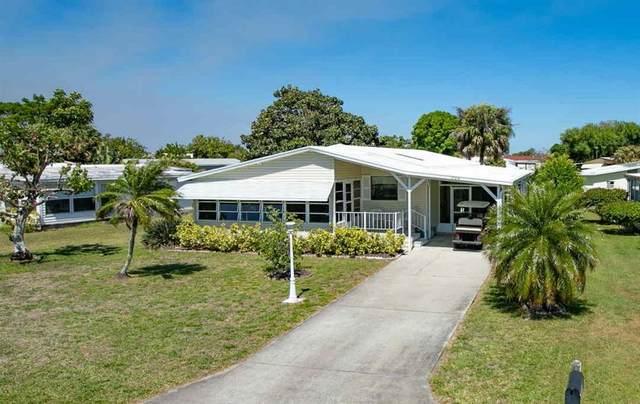 704 Barefoot Boulevard, Barefoot Bay, FL 32976 (MLS #242194) :: Billero & Billero Properties
