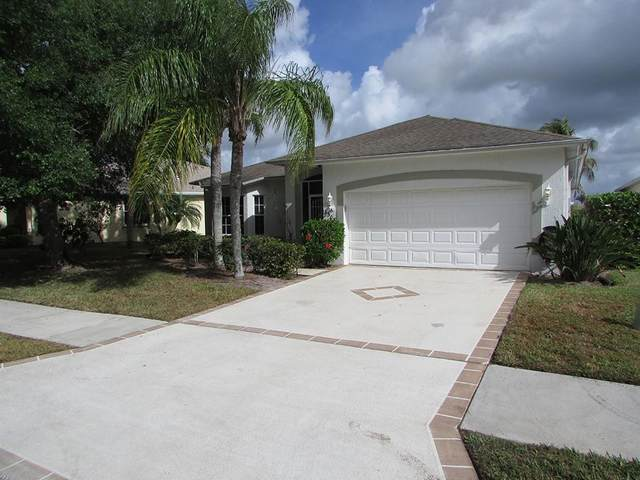 3308 63rd Square, Vero Beach, FL 32966 (MLS #242493) :: Billero & Billero Properties