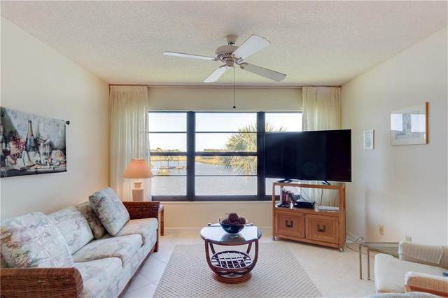 5 Plantation Drive #204, Vero Beach, FL 32966 (MLS #242589) :: Team Provancher | Dale Sorensen Real Estate