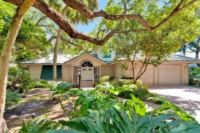 611 Tomahawk Trail, Indian River Shores, FL 32963 (MLS #242662) :: Billero & Billero Properties