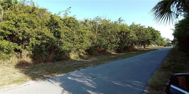 2408 1st Avenue SE, Vero Beach, FL 32962 (MLS #242686) :: Team Provancher | Dale Sorensen Real Estate