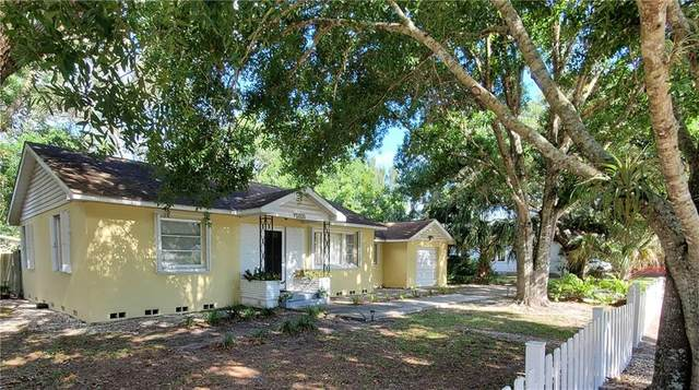 1933 26th Avenue, Vero Beach, FL 32960 (#243111) :: The Reynolds Team | Compass