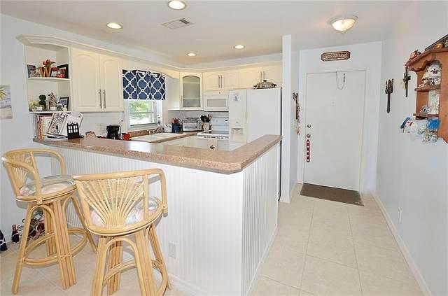 34 Pine Arbor Lane #201, Vero Beach, FL 32962 (MLS #243258) :: Billero & Billero Properties