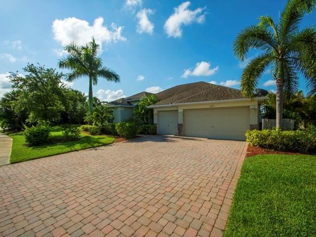 4355 9th Manor SW, Vero Beach, FL 32968 (MLS #243495) :: Team Provancher | Dale Sorensen Real Estate