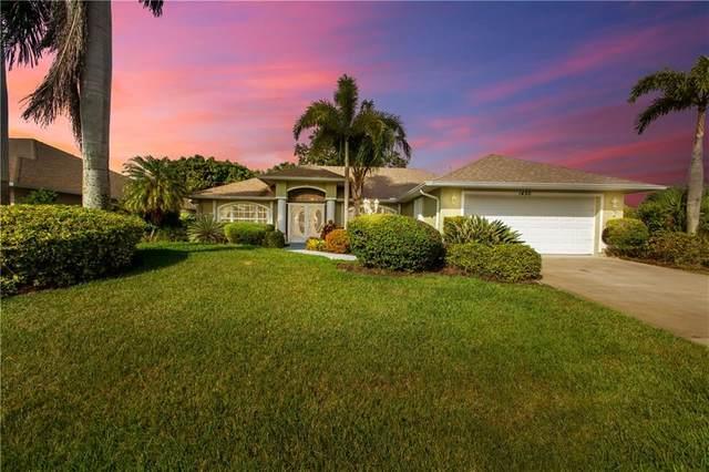 1450 Barber Street, Sebastian, FL 32958 (MLS #243571) :: Team Provancher | Dale Sorensen Real Estate