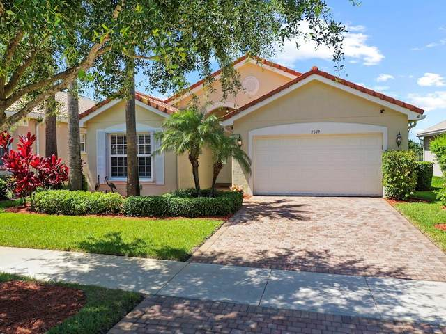 2072 Grey Falcon Circle SW, Vero Beach, FL 32962 (MLS #243624) :: Team Provancher | Dale Sorensen Real Estate