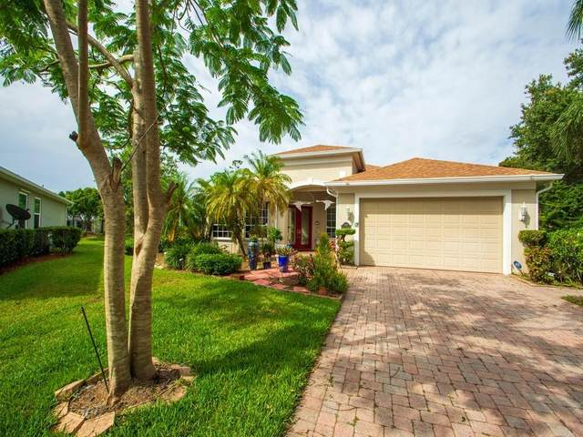 3833 Buxton Street SW, Vero Beach, FL 32968 (MLS #243681) :: Team Provancher | Dale Sorensen Real Estate