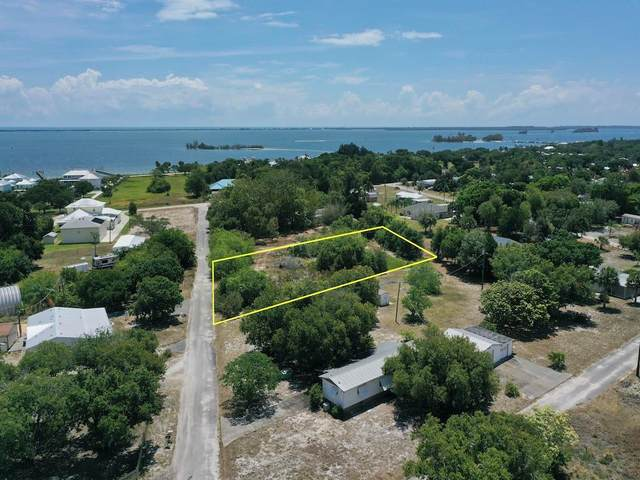 7415 132nd Street, Sebastian, FL 32958 (MLS #243894) :: Dale Sorensen Real Estate