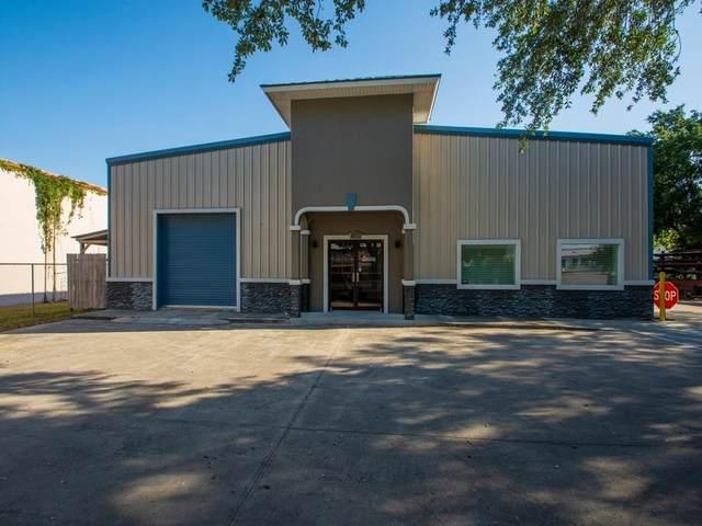 680 Farmers Market Road, Fort Pierce, FL 34982 (MLS #244073) :: Billero & Billero Properties