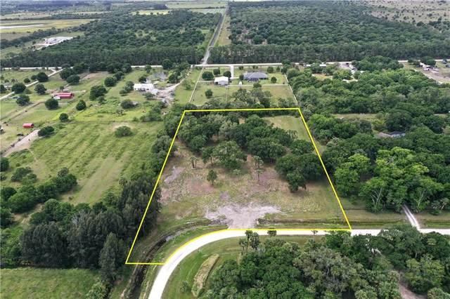 5555 23rd Street SW, Vero Beach, FL 32968 (MLS #244108) :: Dale Sorensen Real Estate
