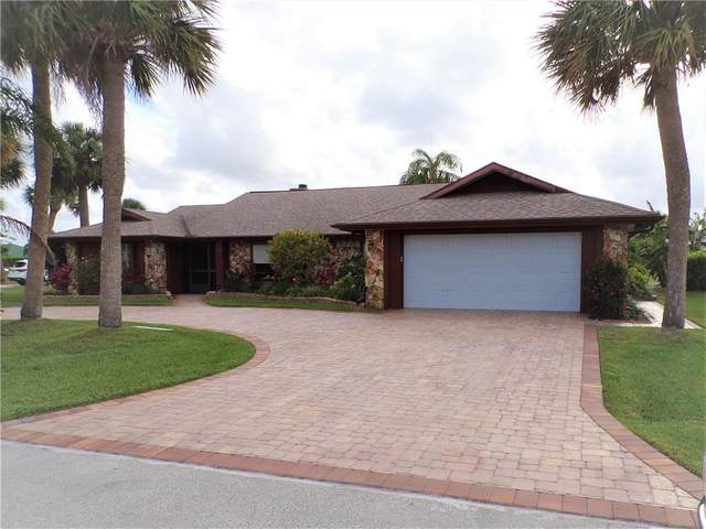 121 Queen Bess Court, Hutchinson Island, FL 34949 (MLS #244222) :: Billero & Billero Properties