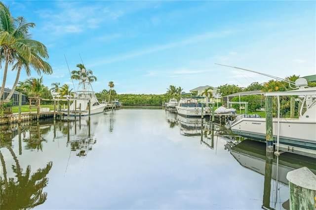 23 Sovereign Way, Hutchinson Island, FL 34949 (MLS #244494) :: Kelly Fischer Team