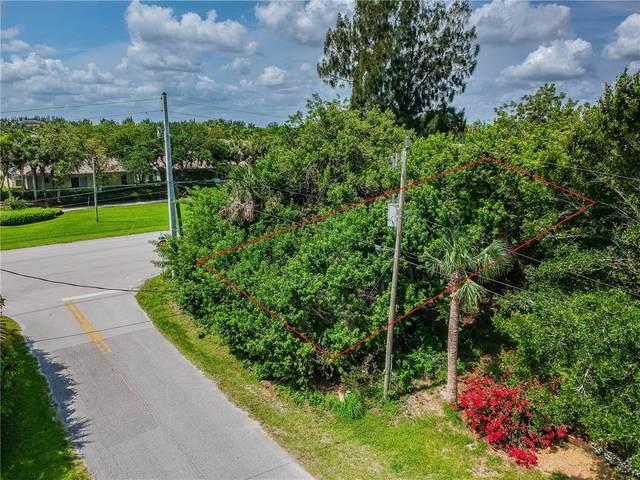 9305 Frangipani Drive, Vero Beach, FL 32963 (MLS #244522) :: Dale Sorensen Real Estate