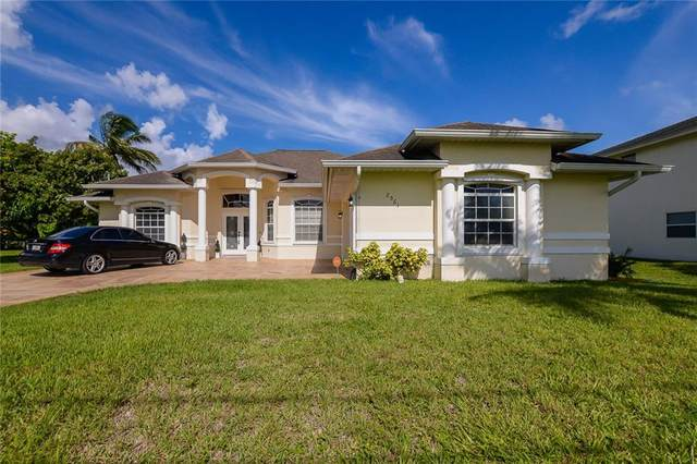 2561 National Circle, Port Saint Lucie, FL 34953 (MLS #245107) :: Kelly Fischer Team