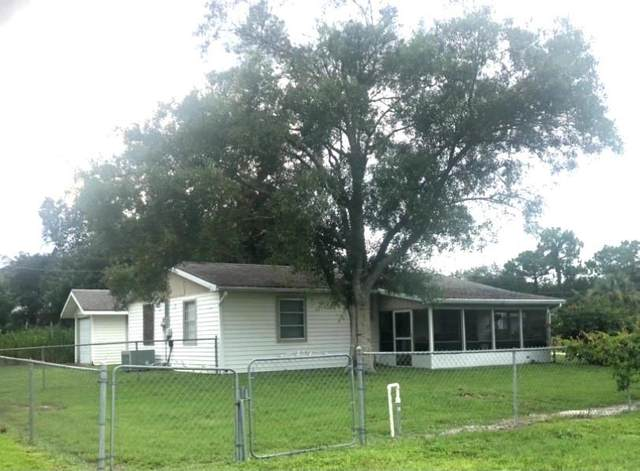 10315 88th Street, Vero Beach, FL 32967 (MLS #245271) :: Team Provancher | Dale Sorensen Real Estate