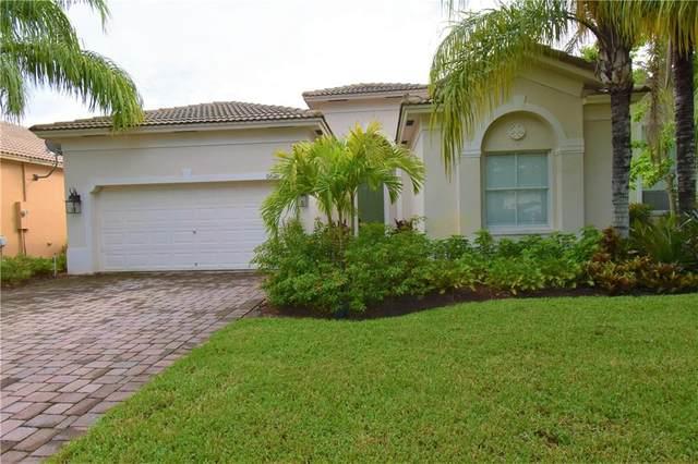 5621 Sun Pointe Drive, Fort Pierce, FL 34951 (MLS #245384) :: Team Provancher | Dale Sorensen Real Estate