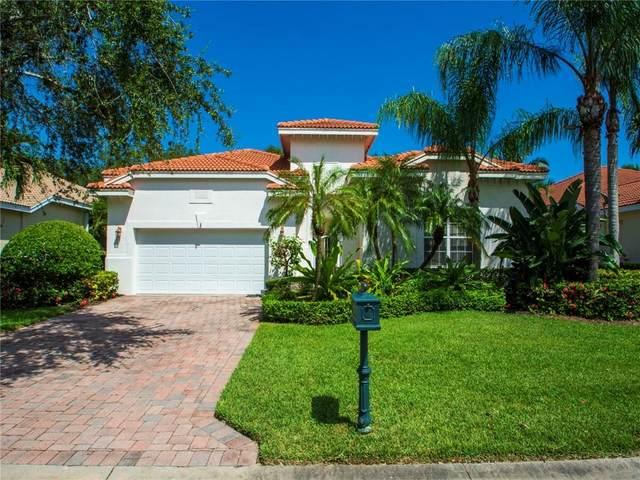 1385 W Island Club Square, Vero Beach, FL 32963 (MLS #245934) :: Kelly Fischer Team