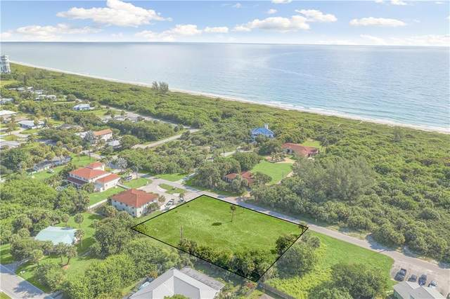 2315 Tamarind Drive, Hutchinson Island, FL 34949 (MLS #245983) :: Kelly Fischer Team