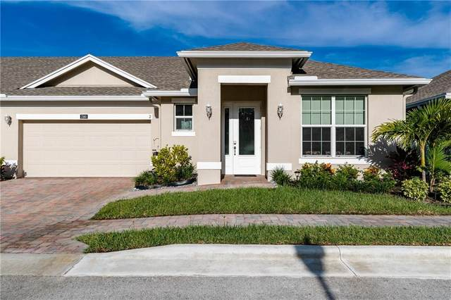 2160 Timberlake Circle #2, Vero Beach, FL 32966 (MLS #246195) :: Kelly Fischer Team