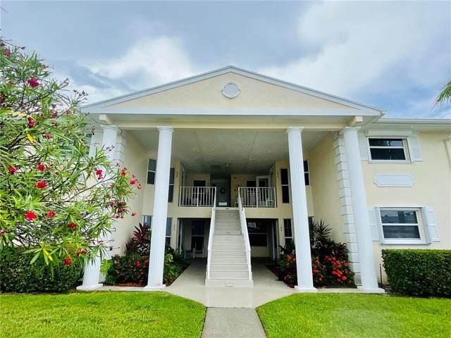 675 W Lake Jasmine Circle #105, Vero Beach, FL 32962 (MLS #246360) :: Dale Sorensen Real Estate