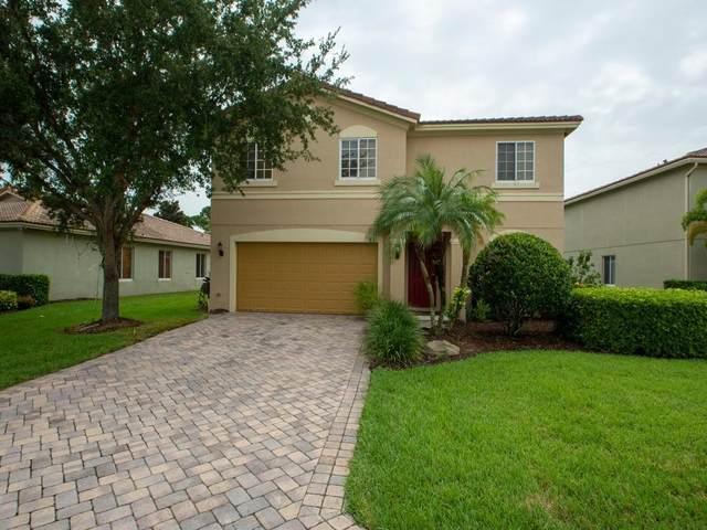 5566 43rd Court, Vero Beach, FL 32967 (MLS #246416) :: Kelly Fischer Team