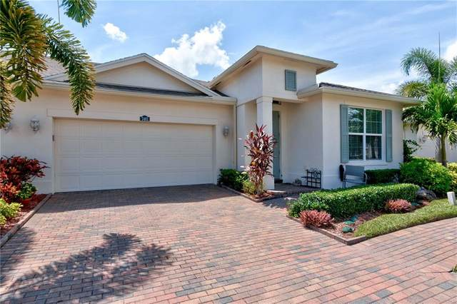 7461 Great Oak Place, Vero Beach, FL 32966 (MLS #246556) :: Team Provancher | Dale Sorensen Real Estate