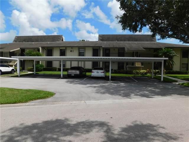 41 Plantation Drive #206, Vero Beach, FL 32966 (MLS #246603) :: Kelly Fischer Team