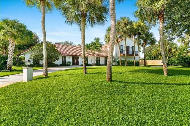 2145 Sanford Court, Vero Beach, FL 32963 (MLS #246628) :: Team Provancher | Dale Sorensen Real Estate