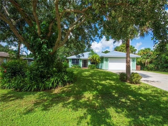 915 47th Avenue SW, Vero Beach, FL 32968 (MLS #246743) :: Kelly Fischer Team