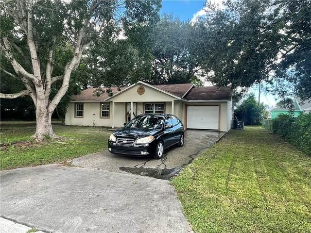 626 20th Place SW, Vero Beach, FL 32962 (MLS #246841) :: Kelly Fischer Team