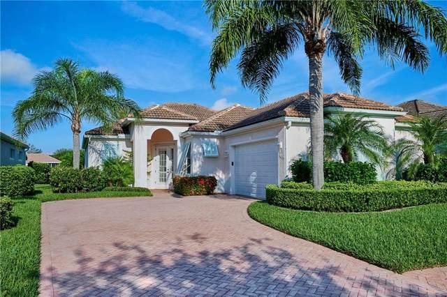 4135 E 16th Square, Vero Beach, FL 32967 (MLS #246903) :: Kelly Fischer Team