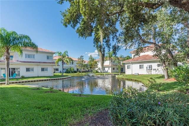 528 7th Square #101, Vero Beach, FL 32962 (MLS #246984) :: Kelly Fischer Team