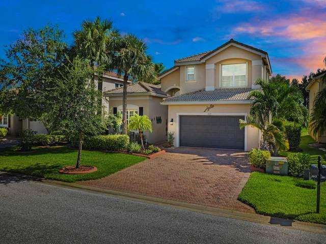 2075 Grey Falcon Circle SW, Vero Beach, FL 32962 (MLS #247031) :: Dale Sorensen Real Estate