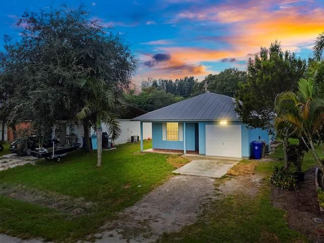 1665 21st Avenue SW, Vero Beach, FL 32962 (MLS #247193) :: Kelly Fischer Team