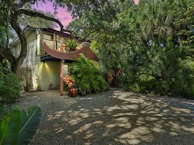 9465 Periwinkle Drive, Vero Beach, FL 32963 (MLS #247211) :: Dale Sorensen Real Estate