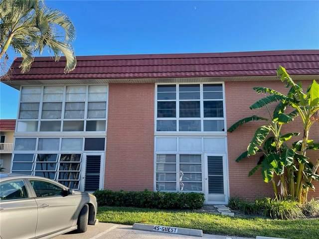45 Woodland Drive #205, Vero Beach, FL 32962 (MLS #247268) :: Dale Sorensen Real Estate