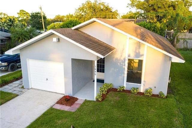 1640 21st Avenue SW, Vero Beach, FL 32962 (MLS #247355) :: Kelly Fischer Team