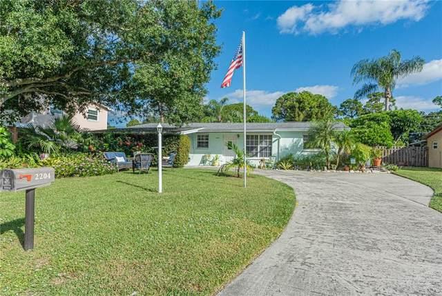 2204 1st Place SW, Vero Beach, FL 32962 (MLS #247469) :: Dale Sorensen Real Estate