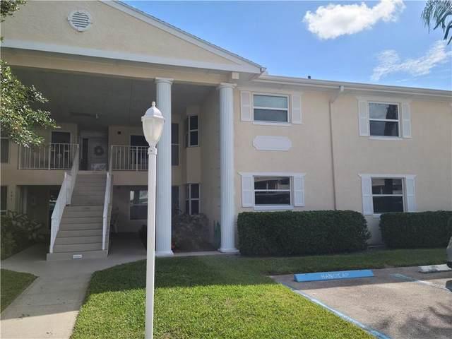 600 E Lake Jasmine Circle #203, Vero Beach, FL 32962 (MLS #247565) :: Kelly Fischer Team