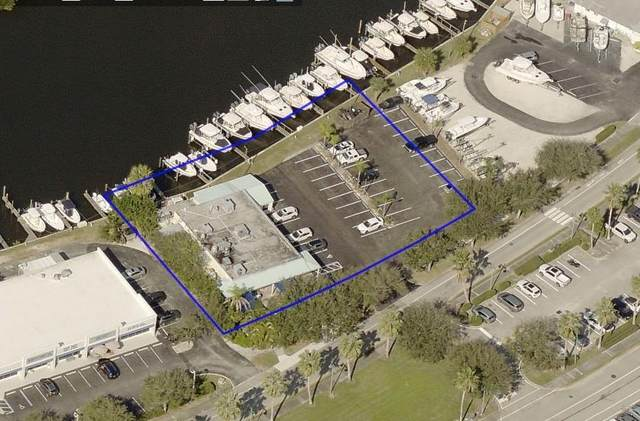 30 Royal Palm Point, Vero Beach, FL 32960 (#247614) :: The Reynolds Team | Compass