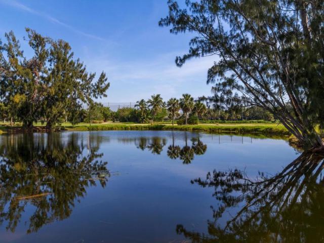 300 Harbour Drive 402B, Vero Beach, FL 32963 (MLS #188554) :: Billero & Billero Properties