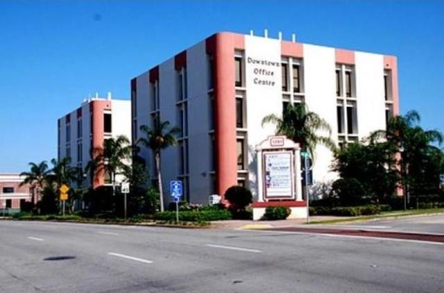 1201 19th Place 2nd Floor, Vero Beach, FL 32960 (MLS #195720) :: Billero & Billero Properties