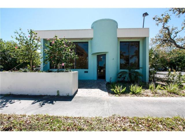 947 20th Place, Vero Beach, FL 32960 (MLS #201756) :: Billero & Billero Properties