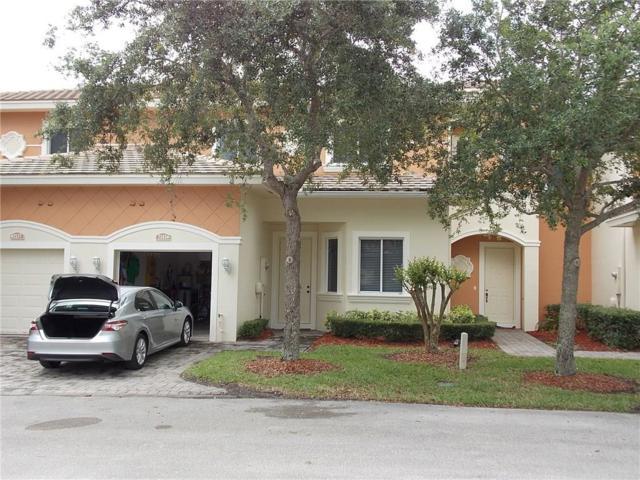 2583 Langrove Lane, Vero Beach, FL 32962 (MLS #204186) :: Billero & Billero Properties