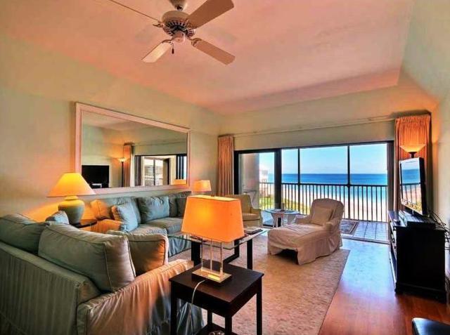 8830 S Sea Oaks Way S #303, Vero Beach, FL 32963 (MLS #206793) :: Billero & Billero Properties